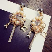 Charmcci Luxury Round Pearl Circle Tower Word D Pendants Drop Earrings Evening Bijoux Boucles Oreille Longue