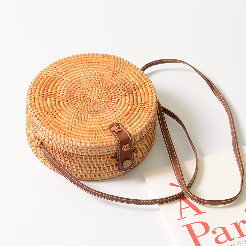 Dropshipping Women Handbag Summer Beach Circle Bag Handmade Rattan woven Round handbag Vintage Retro Straw Knitted Messenger Bag все цены