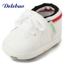Delebao Autumn/Winter New Design Baby Shoes High Ankle Hook & Loop Warm Toddler Infant Lace-up Fist Walkers
