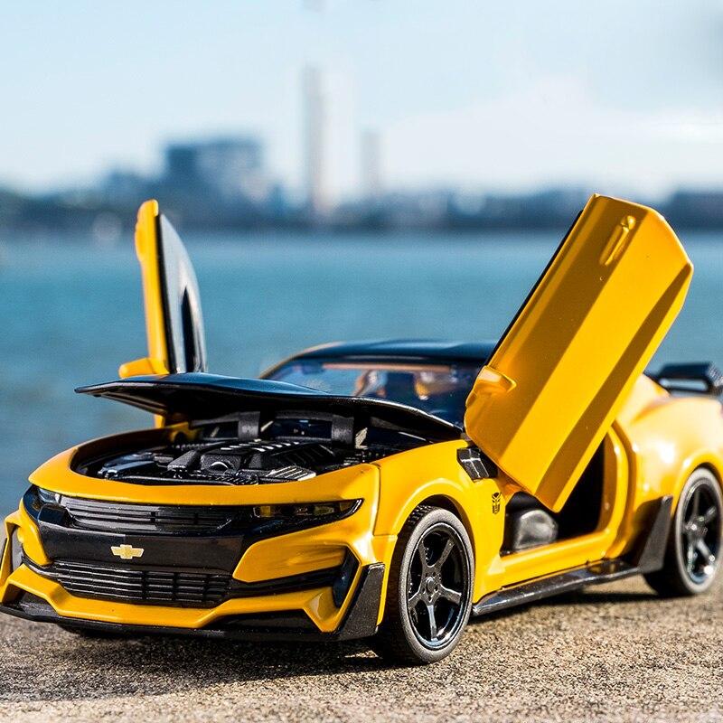 Kidami camaro 1:32 alta simulação liga diecast carro modelo puxar para trás coleção de luz sonora para presentes das crianças
