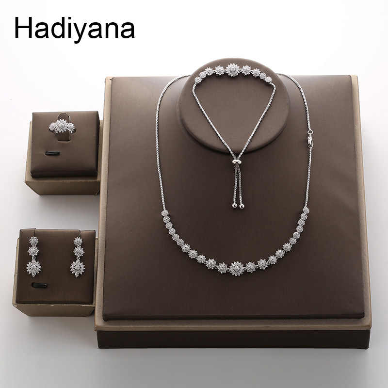 Hadiyana Fashion Bridal Wedding Jewelry Set Of Four Necklace Earrings Ring Bracelet Set Micro Inlaid Zircon Jewelry Sets TZ8079