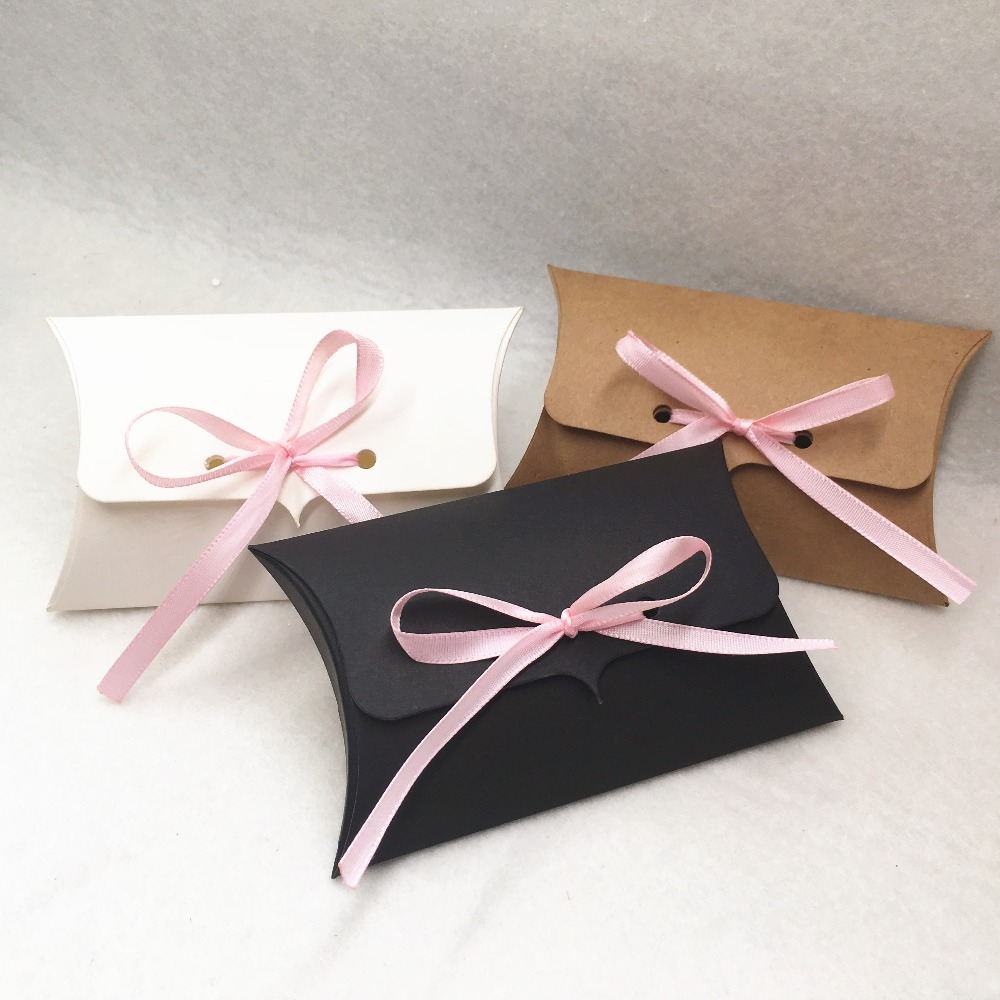 24pcs/Lot Kraft Paper 12.5*8*2.5cm Pillow Gift Box Wedding Party Favors Gift Candy Boxes With Pink Ribbon