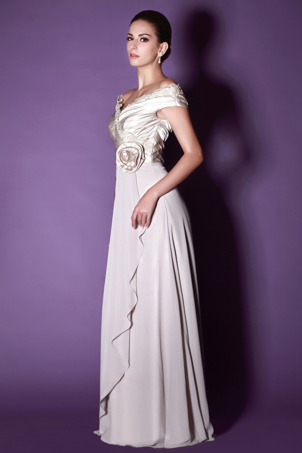 Magnífico Vestidos Que Fluyen Simple De La Boda Modelo - Ideas para ...