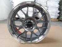 18x8J Wheels Rims PCD 5x114.3 Center Bore 73.1 ET40 With The Hub Caps