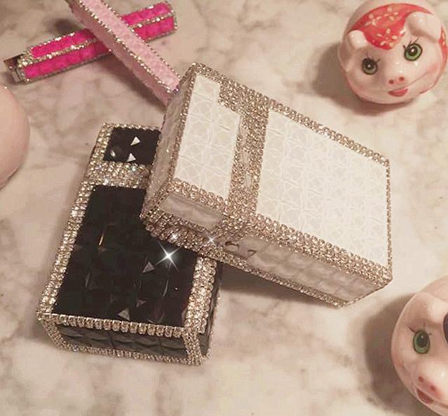 20 Pack Cigarette Box Aluminum Cigarette Box Handmade Inlaid Diamond A Gift For A Girlfriend