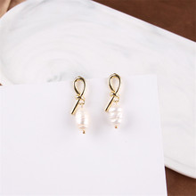 Design the new freshwater pearl earrings temperament of minimalist handmade Wholesale fashion geometric decora