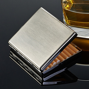 Big Contain Stainless Steel Cigarette Case 20 pieces Cigarette Holder Smoking Gadgets For Men Retro Cigarette Box Luxury Gifts