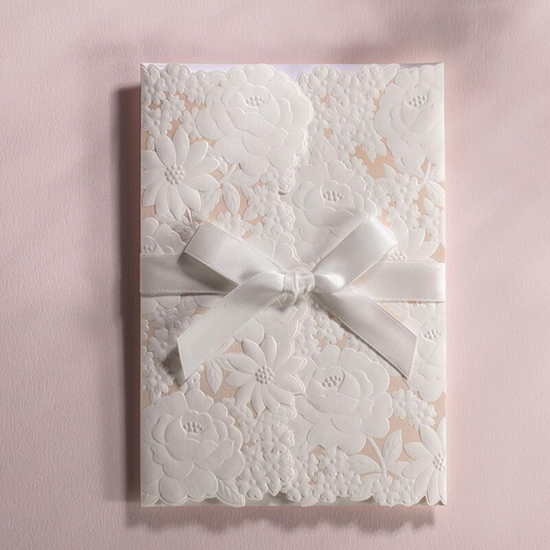 ФОТО 50 Pcs/Pack White Delicate Carved Pattern Romantic Wedding Invitation Card Wedding Birthday Party Event Universal Invitation