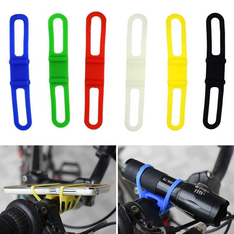 Fiets Lamphouder Elastische Silicon Strap Torch Telefoon Zaklamp Koplamp Band Front Light Clip Bike Mount Houder voor Fietsen-in Draagbare verlichting Accessoire van Licht & verlichting op