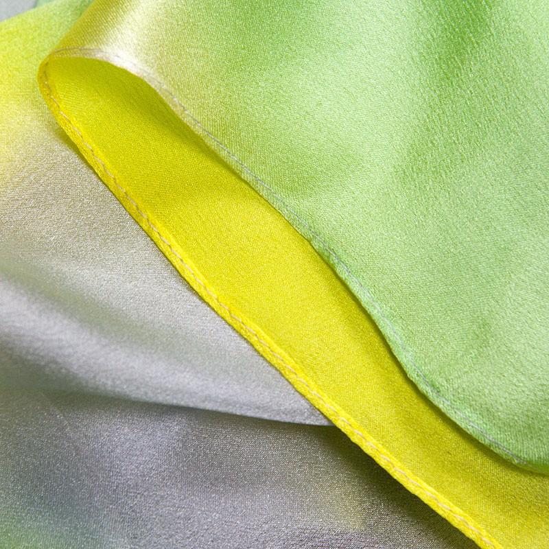 silk-scarf-138cm-01-flower-2-5