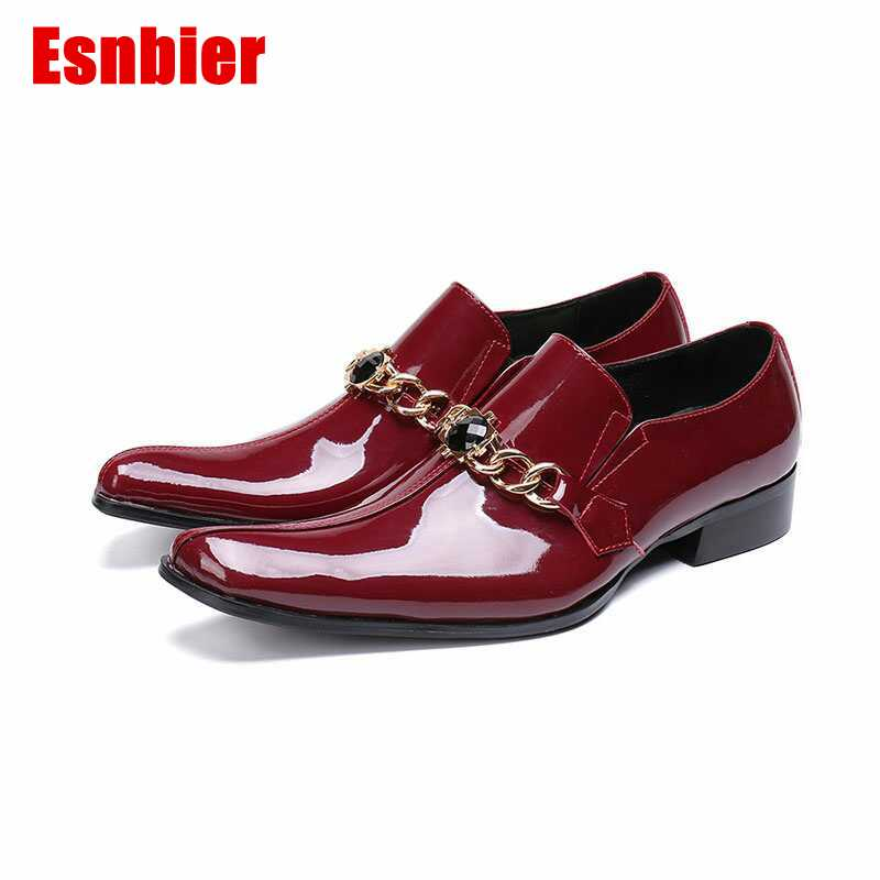 2019 New pointed toe Patent leather Oxford Shoes For Men Formal Dress Shoes Fashion chain Men wedding party shoes2019 New pointed toe Patent leather Oxford Shoes For Men Formal Dress Shoes Fashion chain Men wedding party shoes