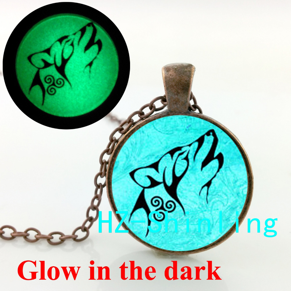 Glow in The Dark Teen Wolf Necklace Teen Wolf Pendant Jewelry Glass Cabochon Glowing Necklace Pendant