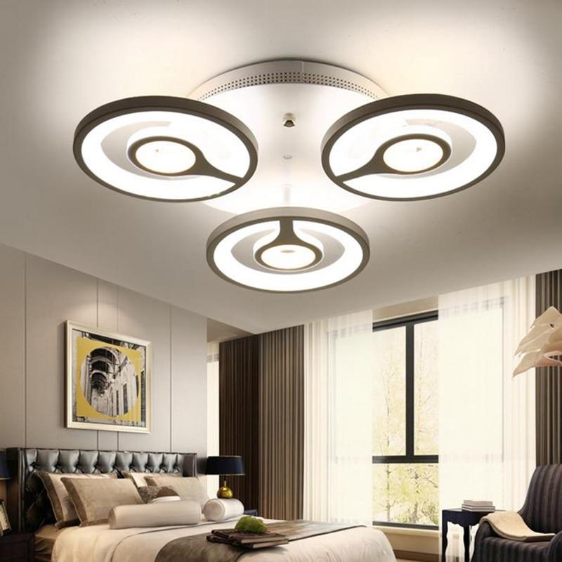 Plafoniere moderne per cucina lampadario a led per cucina for Plafoniere moderne per soggiorno