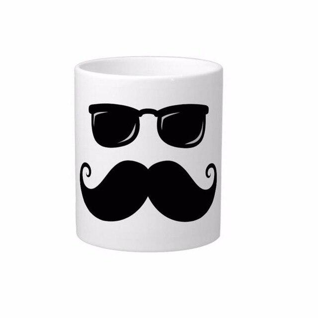 Engraçado Bigode E Óculos de Sol Rosto Branco Caneca de Café Canecas De Chá  Personalizar Presente 04ddb765ab