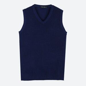 Image 4 - Brother Wang gilet tricoté décontracté en coton pour hommes, col en V, pull Slim, noir, nouvelle collection automne hiver 2020
