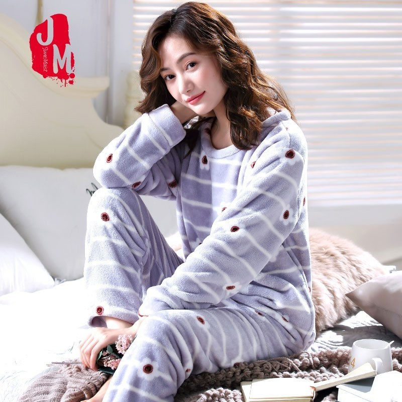 Warm   Pajamas   Female Winter Coral Fleece Cartoon Women   Pajamas     Set   2018 Flannel Thick Pyjamas Women Long Homewear Pijamas Woman