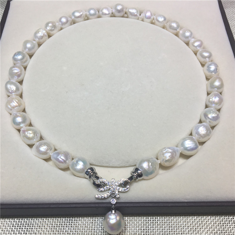 Freshwater pearl baroque shaped pearl necklace white bow buckle simple necklace
