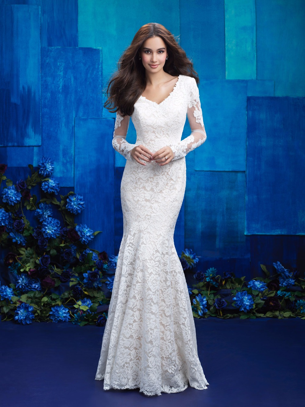 b99b89d522 Lace Boho Wedding Dresses 2019 Modest Mermaid Long Sleeves Bridal Gowns  Vintage Simple Mature Women Wedding Gowns Cheap New