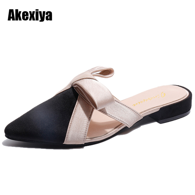 Women Sandals Pointed toe Slippers Women Butterfly-knot Mules Shoes Woman Low Square heel Summer Slides Outside Slippers M630
