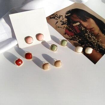 Retro fashion contracted earrings Joker metal earrings earrings geometric trend Beautiful ladies earrings wholesale 2