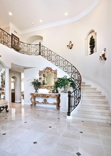 Escaleras de la casa de lujo tema flores blanco color de fondo 8\'x12 ...