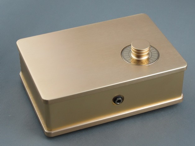 D-063 QUEENWAY Audio HIFI CNC Passive Transformer Preamplifier full aluminum Case/Chassis (include button) GOLD 236*75*166mm