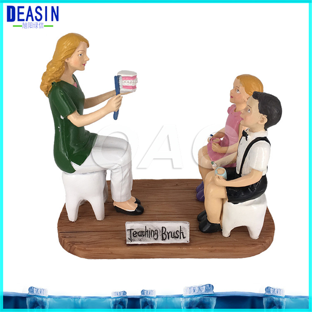 Dental cartoon character model Couple Sculpture Dental Clinic Decoration Furnishing Articles Creative Artwork TEACHING BRUCH animation character angel table decoration model toy