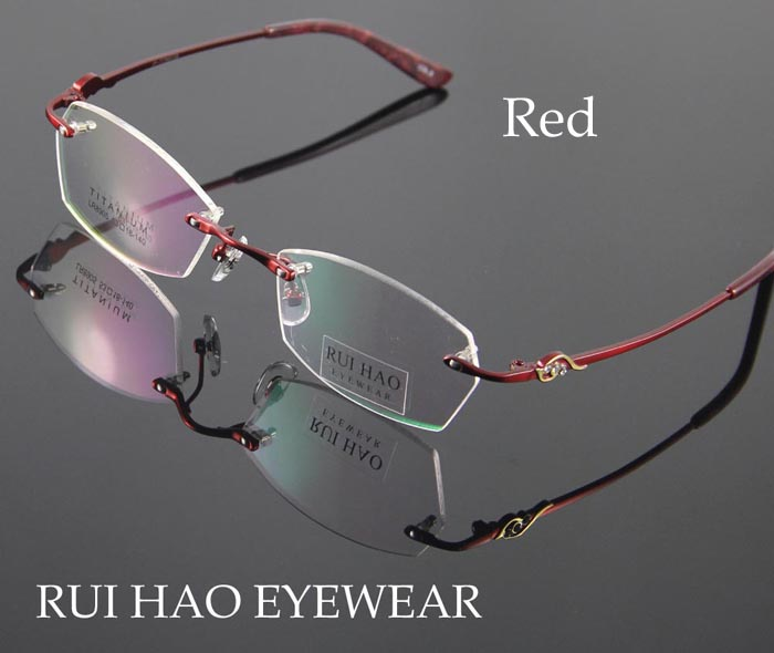 8905-red-700 (1)