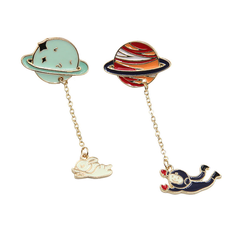 Enamel Universe Planet Spaceman Brooch Metal Chain Blouse Cute Rabbit Lapel Pin Bag Hat Accessory