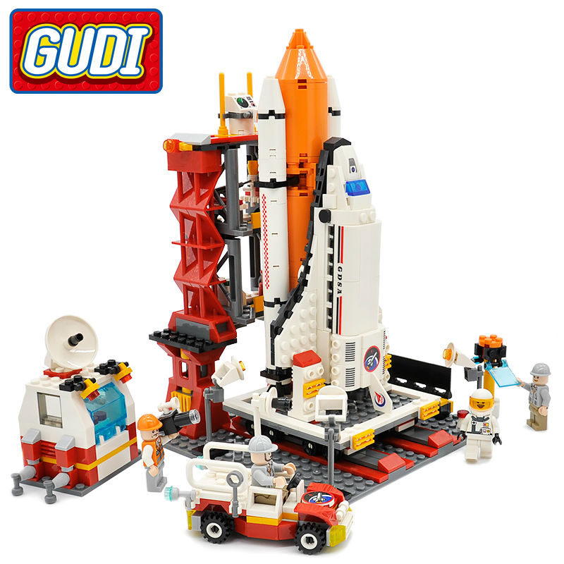 GUDI Legoings Block City Spaceport Space Shuttle Launch Center Building Block 679pcs Classic Brick Educational Toys For Children gudi city space center rocket space shuttle blocks 753pcs bricks building blocks birthday gift educational toys for children