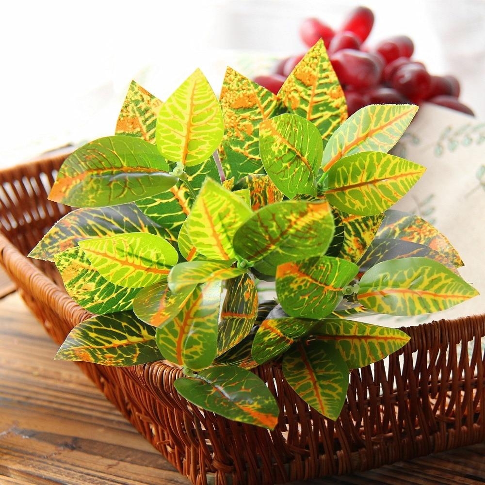 1 ks umělé zelené ředkvičky listy imitace kapradina plastové umělé trávy listy rostlin pro listoví rostlin domácí svatební výzdoba