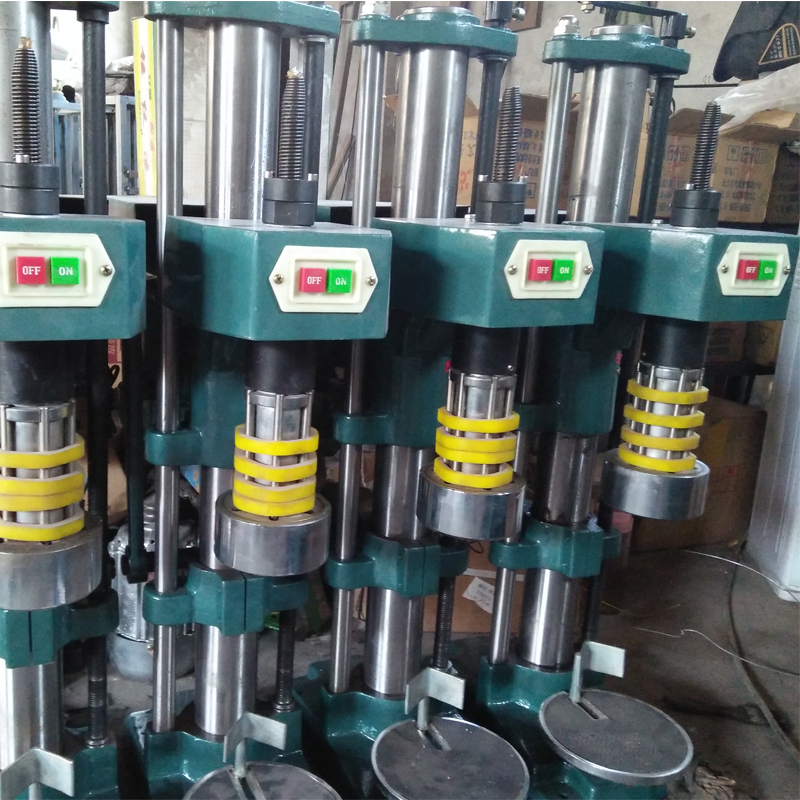 Bottle capping machine sealing machine for foods bottle locking machine grass bottle capping machine