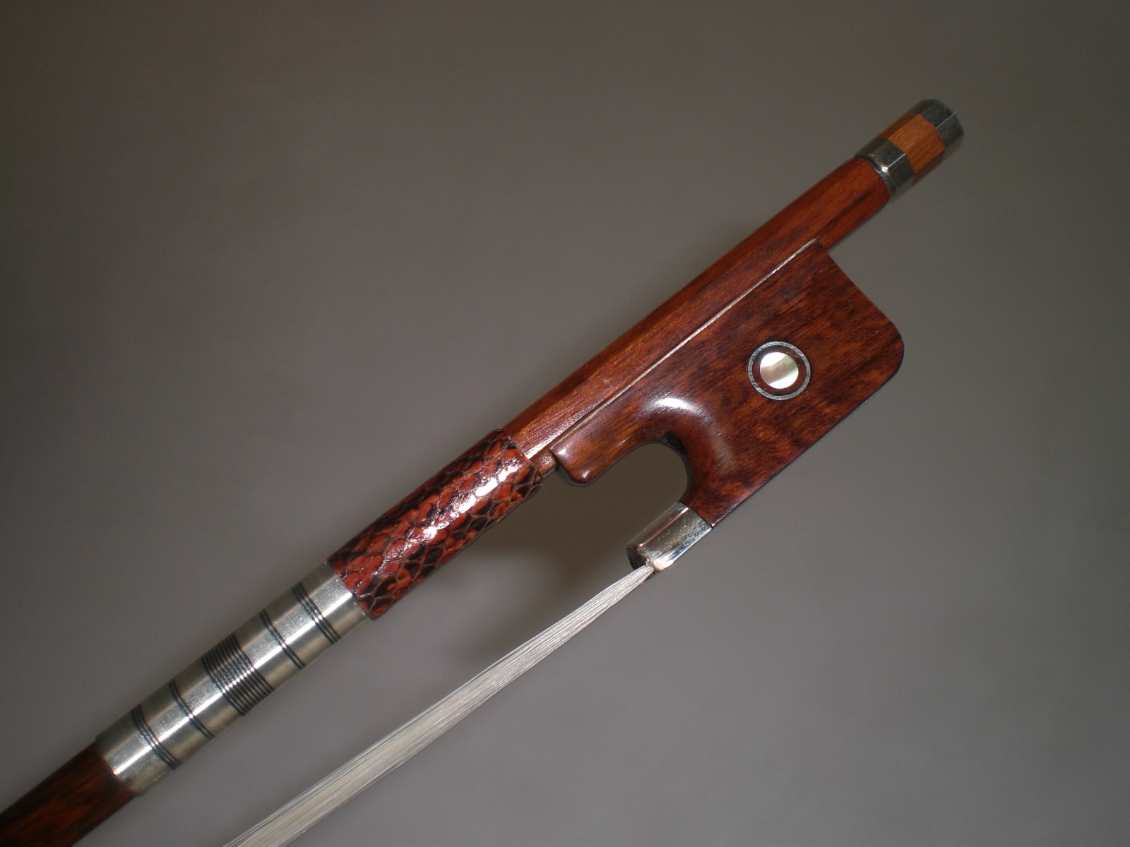 Viola bow snake wood bow, ebony frog silver mounted Viola bow of SFV88 bow 929054