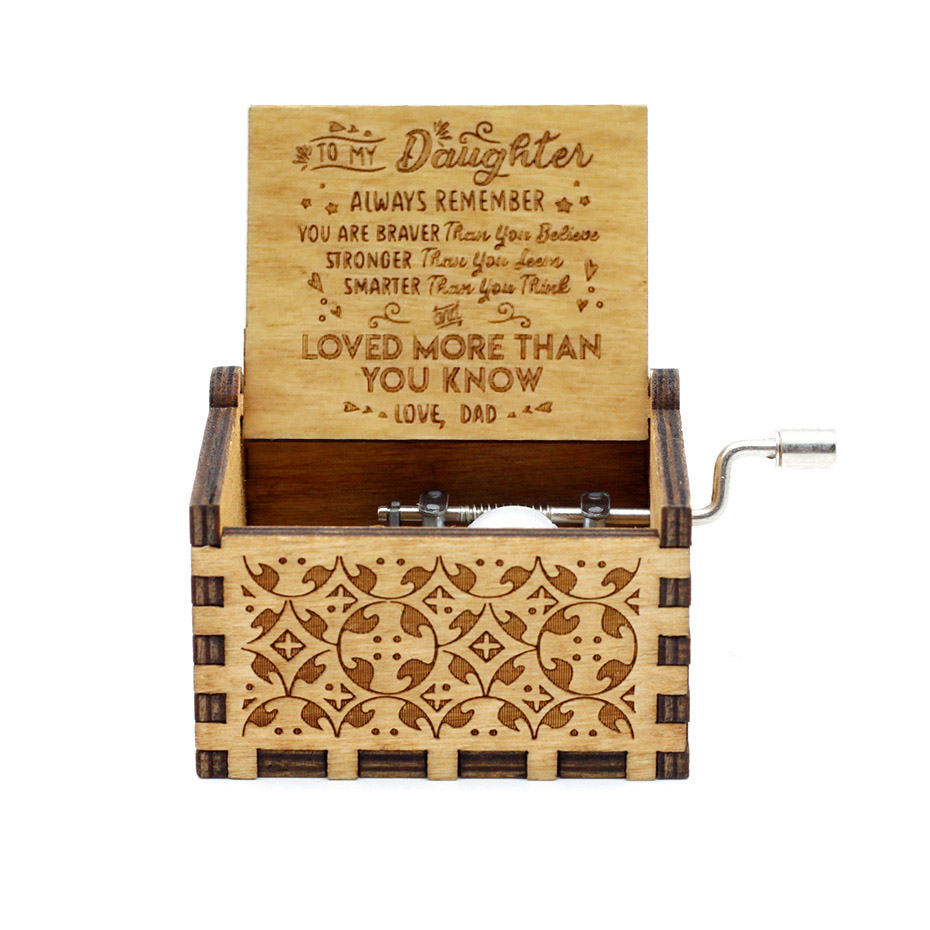 NEW Music Box QUEEN LOVE DAD And LOVE MAM My Sun Theme Music Antique Carved Wooden Hand Crank Mom and Dad Gifts Birthday Gift