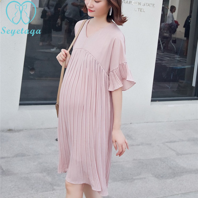 dae7e4a6d60 A920  2019 Summer Fashion Maternity Dress V Neck Pleated Chiffon Clothes  for Pregnant Women Large Size Loose Pregnancy Clothing