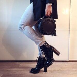 Image 3 - FEDONAS Nuovo Della Mucca di Modo della Pelle Verniciata Delle Donne Della Caviglia Stivali Delle Donne di Autunno di Inverno Del Cuoio Genuino Piattaforme di Scarpe da Donna Delle Signore Stivali