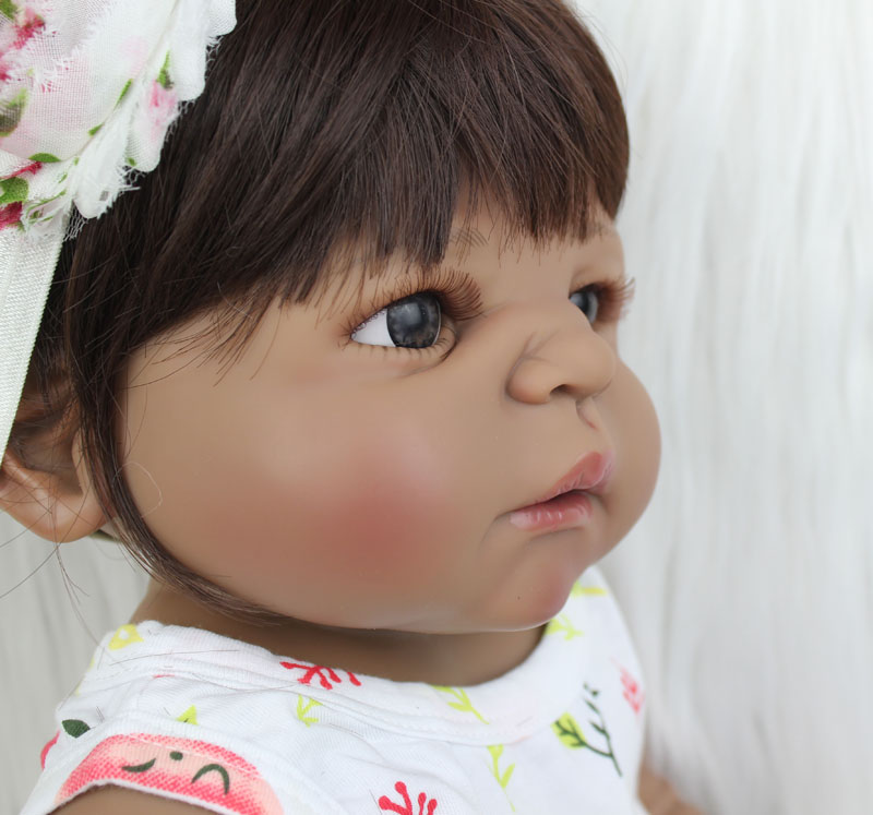 boneca menina 22