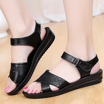 Ladies sandals solid wine red and black shoes women large size 35-41 2018 fashion concise sandals for girls tenis feminino zapatillas de moda 2019 hombre
