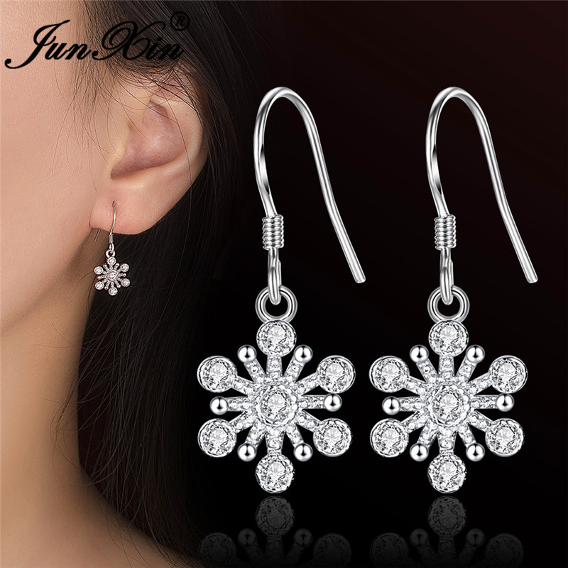 JUNXIN Cute White Crystal Snowflake Drop Earrings For Women Silver Color Female Zircon Wedding Dangle Earrings Jewelry