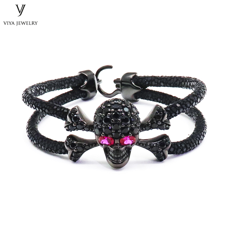 High-end Men Black Skull Charm Bracelet Pave Setting Sterling Silver Skull Bracelet Luxury Men Stingray Leather&Skull Bracelet все цены