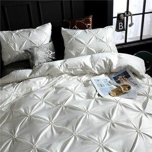 Image 2 - LOVINSUNSHINE Comforter Bedding Sets Quilt Cover Set King Size Solid Color Silk Flower Luxury Bedding Sets AB#4