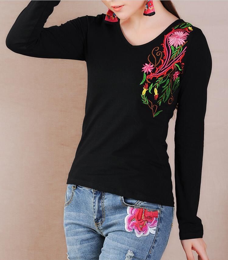 t shirt women embroidered tops 2017 vintage flowers blusa tshirt vetement femme women camisetas. Black Bedroom Furniture Sets. Home Design Ideas