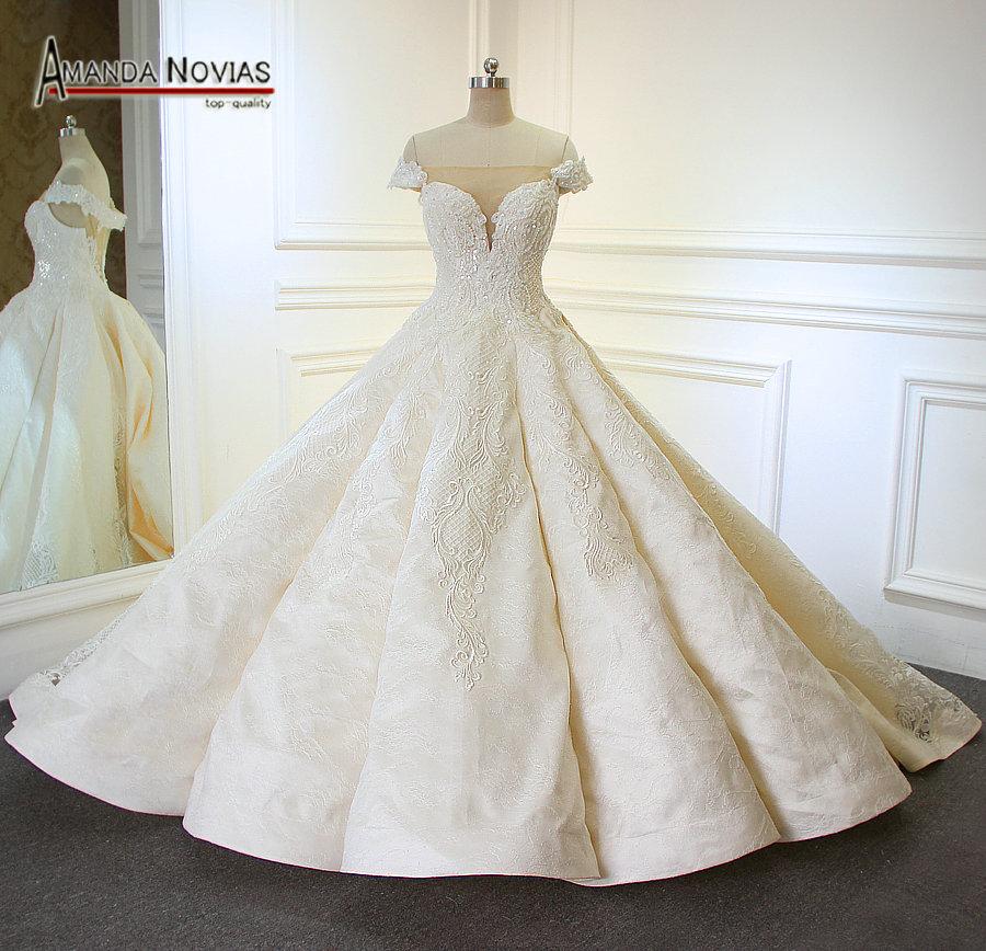 e41e859d40dbf € 1031.03  Robes de mariage bustier 2019 nouveauté bateau cou Royal  dentelle appliqué robe de mariée plissée dans Robes De Mariée de Mariages  ...