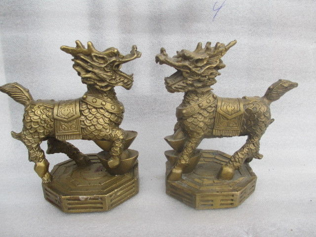10cm * /The ancient Chinese sculpture copper pair of feng shui kirin dog statues