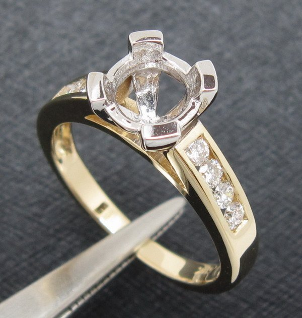 6.0mm Round Cut Natural Diamond 14K Two-Tone Gold Ring