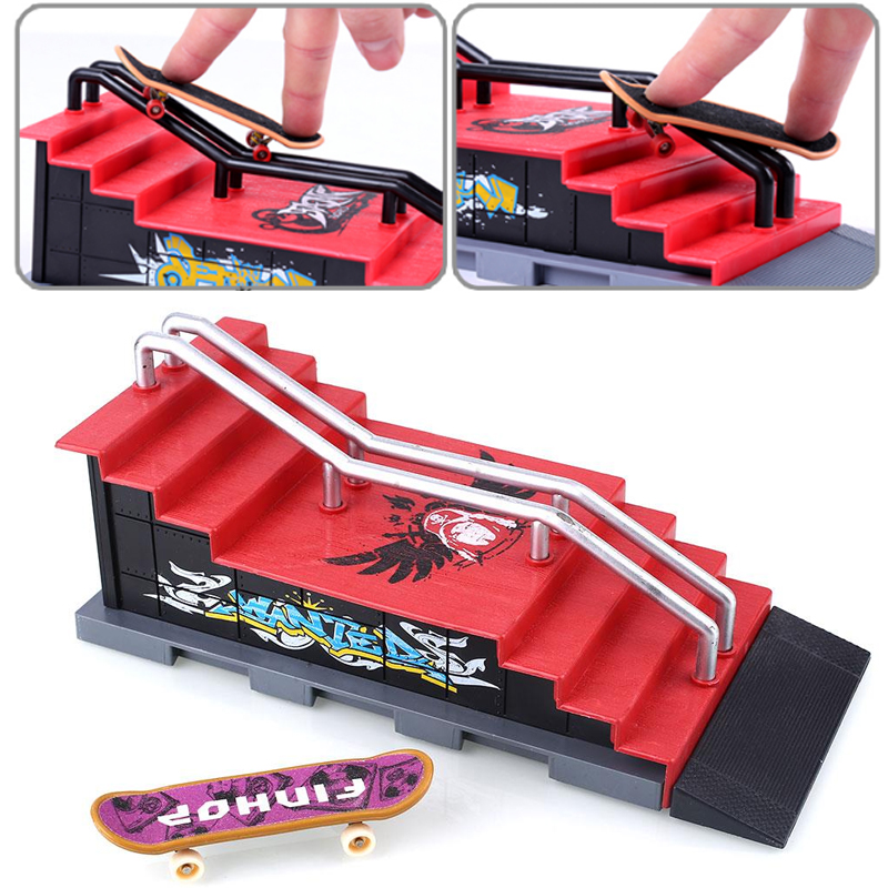 Free Shipping Alloy Skateboard Figures Games Set Sports Challenge Colorful Operation