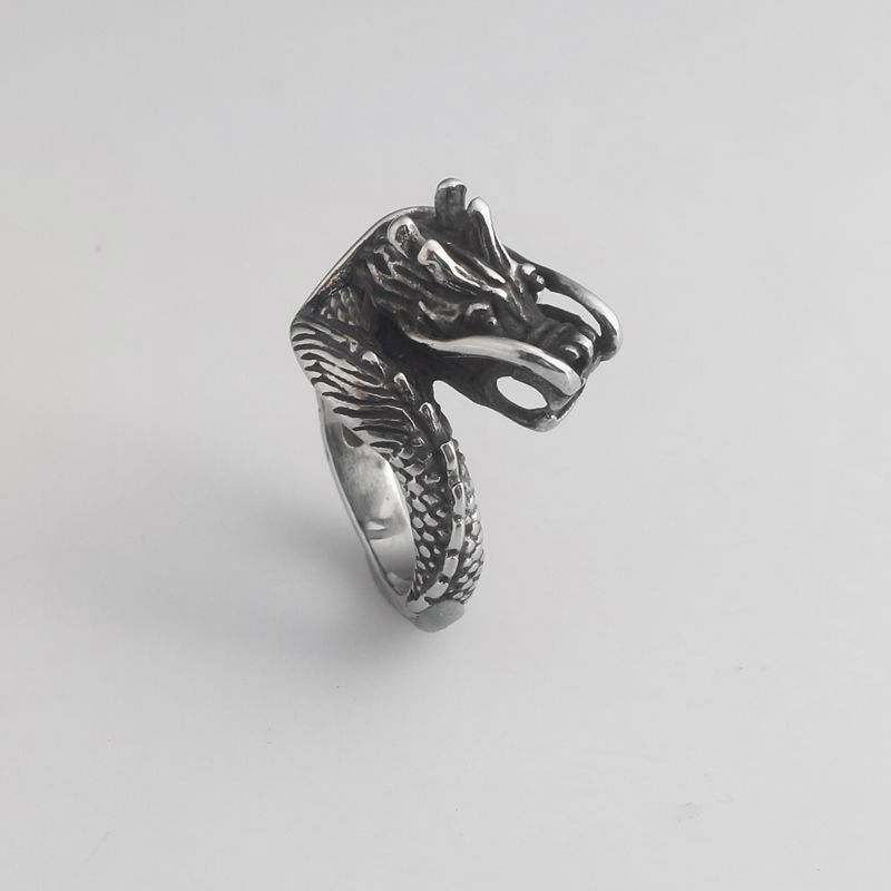 RJ New Design Vintage Dragon Shape Rings Ice And Fire of Song Game Of Thrones Finger Ring Men Aneis Masculino Talisman Jewelry