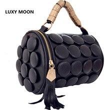 2019 New Barrel shaped big buttons handbags Tassel Design Shoulder bagss for women messenger bags drum pillow Bucket bag