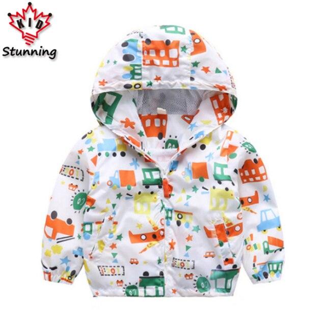 24 м-5 т мультфильм Стиль для маленьких мальчиков Пальто для будущих мам верхняя одежда 2017 Новая модная детская одежда с капюшоном Обувь для мальчиков куртка для девочек Пальто для будущих мам