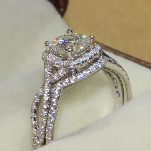 Queen Brilliance 1.1 Carat Cushion Cut Halo Engagement Lab ...